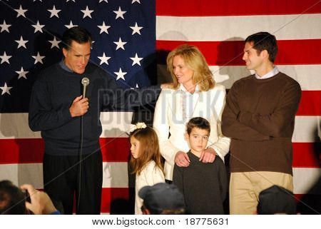 Governor Mitt Romney campaigning with family