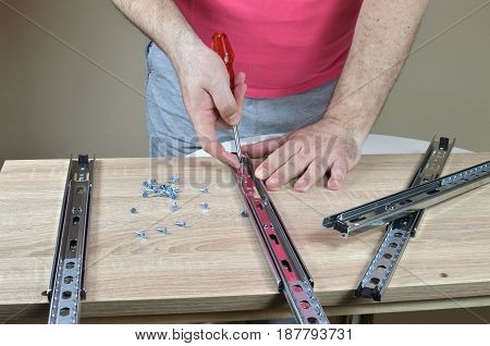 Installing A Drawer Slides On A Cabinet