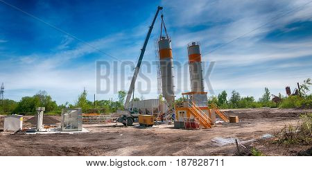 installation of concrete unit against the sky