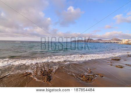 Las Canteras Beach