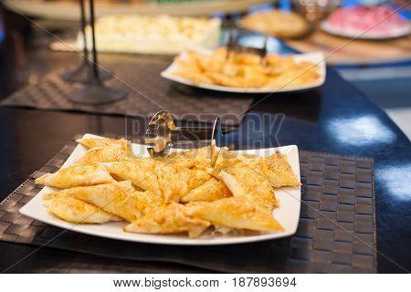 Crispy Fried Pastry