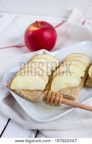 Dietary Dry Bread, Apple And Honey