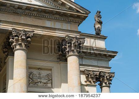 Historic Building Pillars, Columns And Capitals