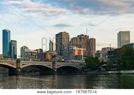 Historic Princes Bridge Over Yarra River And Melbourne Cbd Landscape