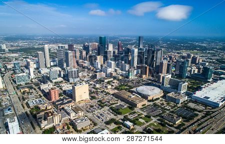 Houston , Texas , Usa Massive Skyline Cityscape Of The Downtown District Urban Skyscrapers Aerial Dr