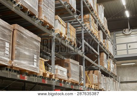 Warehouse with loaded shelves to the ceiling