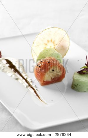 Tuna Rolls Plate