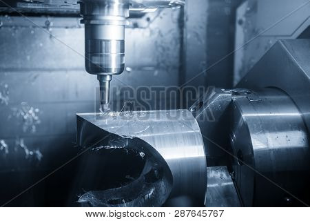 The  5-axis Cnc Machining Center Chamfering The Hole By Chamfering Tools  .the 5 Axis Cnc Milling Ma