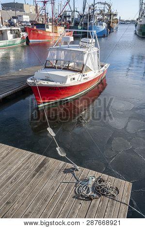 New Bedford, Massachusetts, Usa - January 12, 2019: Commercial Fishing Boats Docked On Acushnet Rive