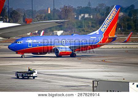 Los Angeles, Ca - Sep 19,2018: A Southwest Airlines Passenger Jet Lands At Los Angeles International