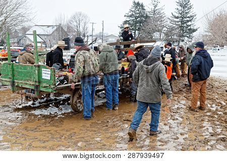Georgetown, Pennsylvania - March 2, 2019: Amish Volunteers Help At The Annual Bart Township Mud Sale