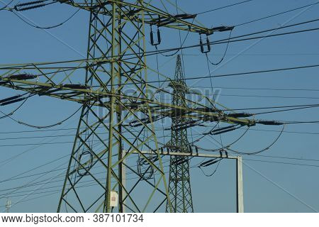 Energy Supply With A 380 Kv Power Line