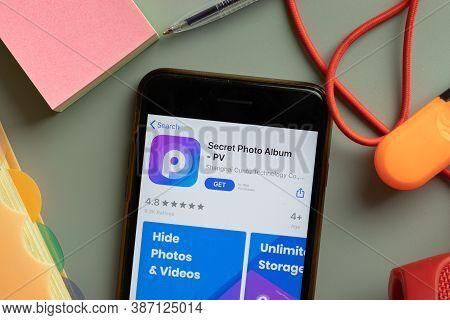 New York, Usa - 27 September 2020: Secret Photo Album Pv Mobile App Logo On Phone Screen Close Up, I