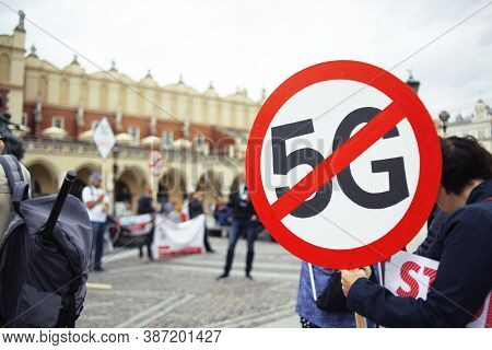 Protest Against Towers 5g, Rally Against Wi-fi. Say No To Internet 5g. Strikethrough Icon