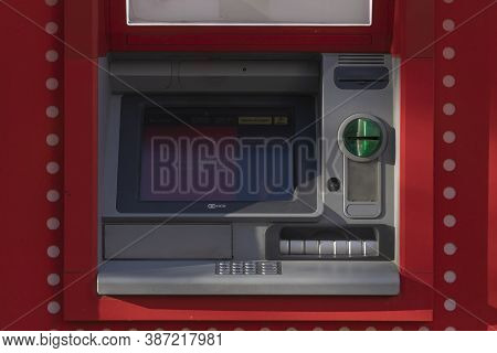 Madrid, Spain - May 18, 2020: An Outdoor Atm Machine, At The Entrance To The Bank Office Of, Santand