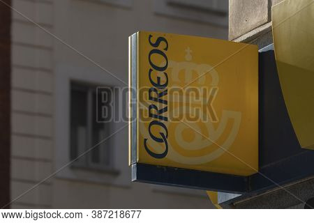 Madrid, Spain - May 19, 2020: The Entrance Sign To A Post Office On Calle Ibiza, In The Retiro Distr