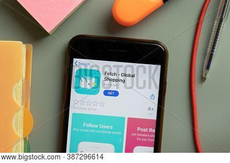 New York, Usa - 29 September 2020: Fetch Global Shopping Mobile App Logo On Phone Screen Close Up, I