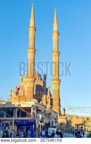 Sharm El Sheikh, Egypt May 10, 2019: Al Mustafa Mosque In Sharm El Sheikh In The Old City.
