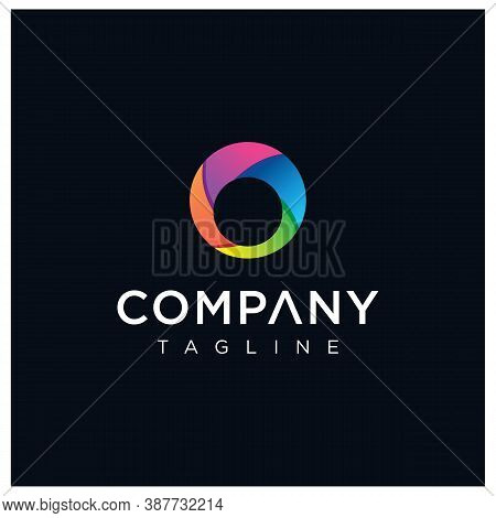 Abstract Circle Logo Colorful Design Template. Rainbow Colored Round Logo Design Vectro Stock. Isola