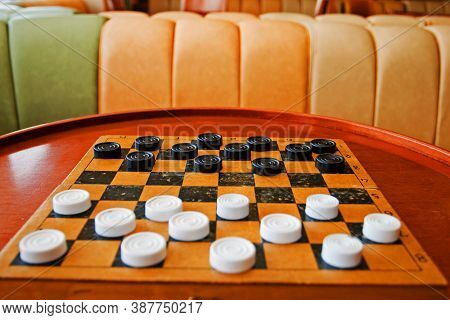 The Beginning Of The Checkers Game, Game In Brazilian Checkers, White Checker Against Black