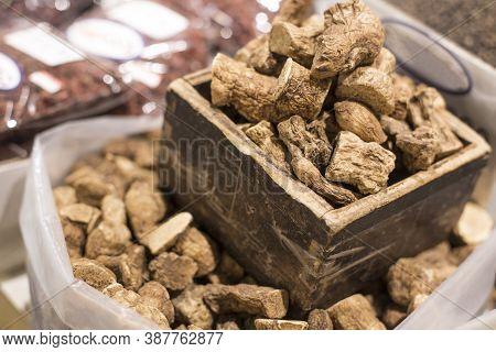 Solomon S Seal Root, Chinese Herbal Medicine In Market.