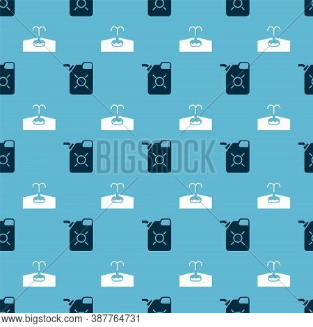 Set Canister For Motor Oil And Oilfield On Seamless Pattern. Vector