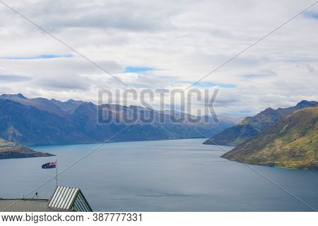 Lake Wakatipu Is An Inland Lake (finger Lake) In The South Island Of New Zealand. It Is In The South
