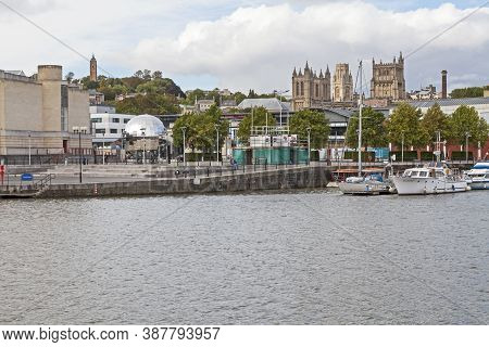 Bristol, Uk - October 4, 2012: St Augustine's Reach With Brandon Hill, Bristol Cathedral, And The Un