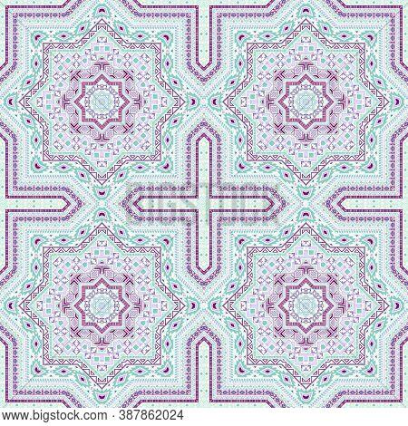 Subtle Victorian Majolica Tile Seamless Ornament. Ethnic Geometric Vector Swatch. Coverlid Print Des