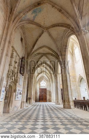 Blois, France - October 10, 2019: Beautiful Interior Of Basilique Notre-dame De Clery In The Ancient
