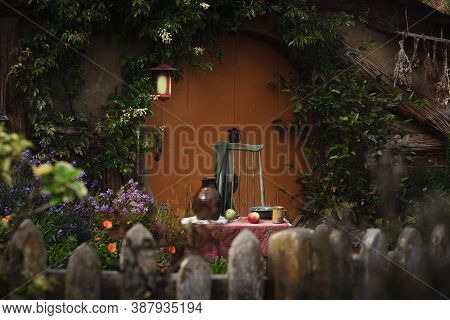 Hobbit Hole And Props At Lord Of The Rings And The Hobbit Films Movie Set. September 2020, Matamata,