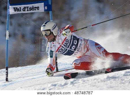 VAL D'ISERE FRANCE. 11-12-2010. SANDELL Marcus (FIN) attacks a control gate during  the FIS alpine skiing world cup giant slalom race on the Bellevarde race piste Val D'Isere.
