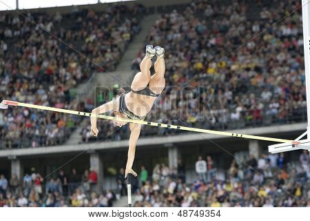 June 14 2009; Berlin Germany. ISINBAEVA Elena (RUS) competing in the polevault at the DKB ISTAF 68 International Stadionfest Golden League Athletics competition.