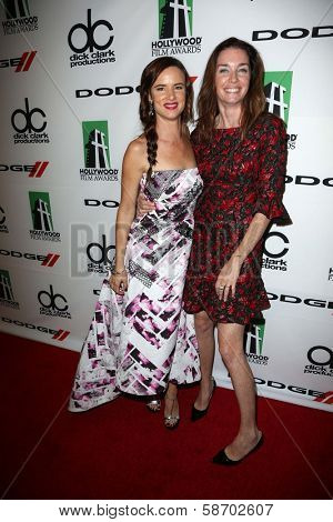Juliette Lewis and Julianne Nicholson at the 17th Annual Hollywood Film Awards Backstage, Beverly Hilton Hotel, Beverly Hills, CA 10-21-13