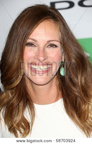 Julia Roberts at the 17th Annual Hollywood Film Awards Arrivals, Beverly Hilton Hotel, Beverly Hills, CA 10-21-13