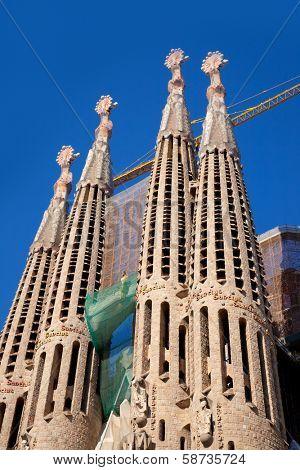 BARCELONA - FEB 22, 2012: La Sagrada Familia Templo Expiatorio of Gaudi still in buliding process from 1882 being the greatest exponent of Catalan modernist architecture, Barcelona, Feb 22, 2012.