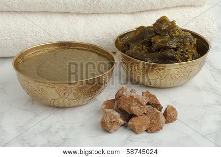 Ghassoul, savon Beldi and Henna in the Hammam