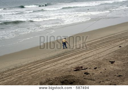 Surfside Treasure Hunter