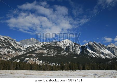 amazing rocky mountains in jasper national park, canada