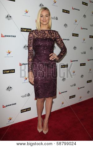 LOS ANGELES - JAN 11:  Yvonne Strahovski at the  2014 G'Day USA Los Angeles Black Tie Gala at JW Marriott Hotel at L.A. LIVE on January 11, 2014 in Los Angeles, CA