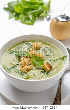 Zucchini Cream Soup with Croutons
