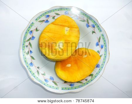 Mango with slices