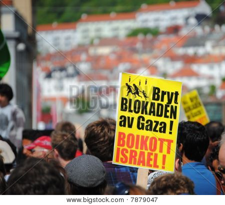 protesting fore Gaza