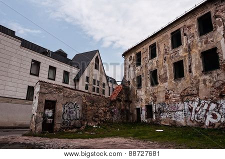Abandoned and Ruined Buildings