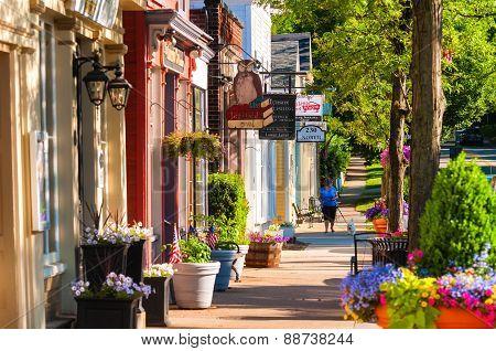Main Street North