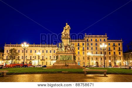 Statue Of Camillo Benso, Count Of Cavour In Turin - Italy