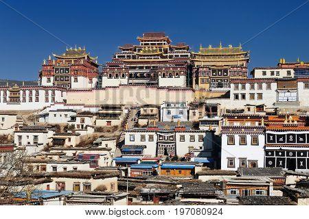 Shangri-La - Gandan Sumtseling Gompa (Songzanlin Monastery) a 300 year old Tibetan monastery complex China. Yunnan province