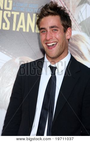 "LOS ANGELES - AUG 23:  Oliver Jackson-Cohen arrives at the ""Going the Distance"" Los Angeles Premiere at Grauman's Chinese Theater on August 23, 2010 in Los Angeles, CA"