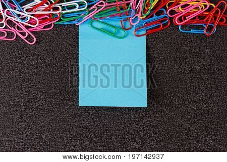 Empty paper s. paper note for add text message with magnet clip.