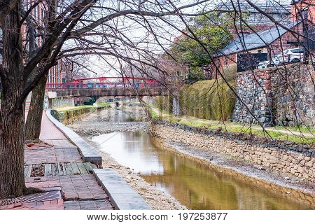 Washington Dc, Usa - March 20, 2017: Georgetown Bridges Over Dried Up Dirty Chesapeak And Ohio Canal